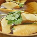 春のお彼岸お供え精進料理_タケノコと豆腐の葛とき汁